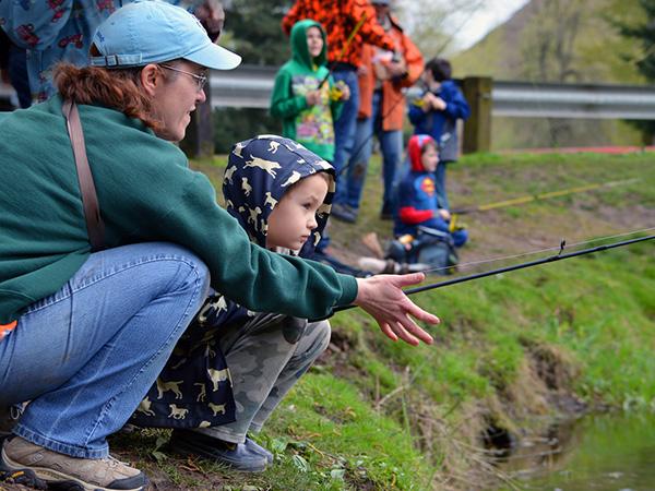 Free youth fishing