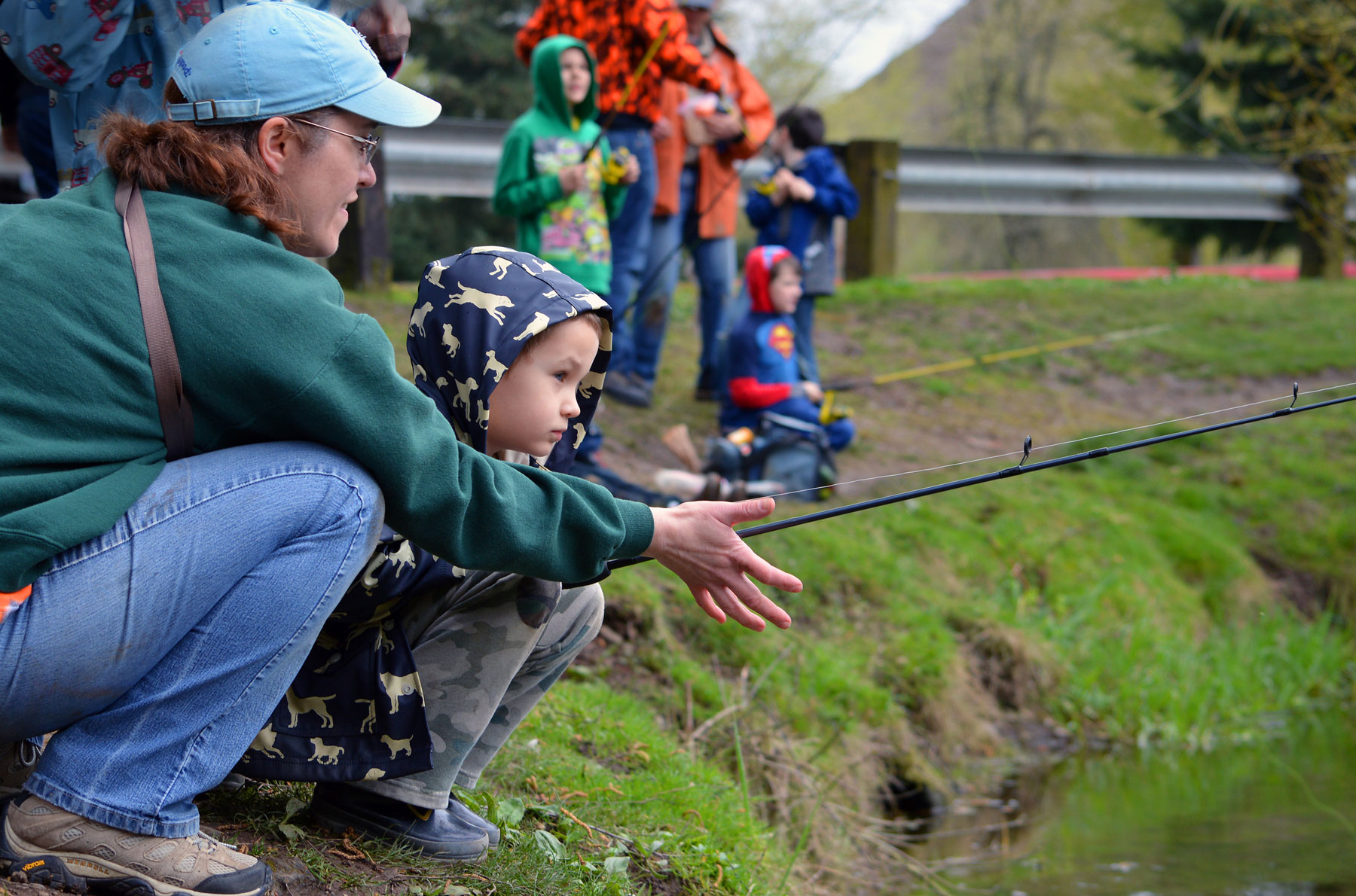 Oregon invites families to enjoy free fishing weekend for Free fishing weekend oregon