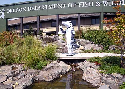 Odfw visitor 39 s guide bandon hatchery for Oregon fishing license fees